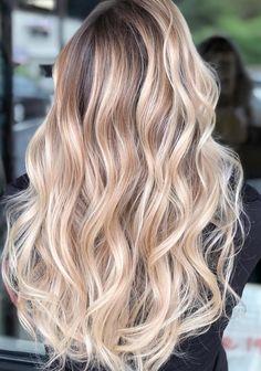 Vanilla chai to kawa o delikatnym, waniliowym smaku, tradycy Honey Blonde Hair, Blonde Hair Looks, Platinum Blonde Hair, Hair Color Balayage, Blonde Balayage, Ombre Hair, Balayage Highlights, Blonde Hair Inspiration, Hair Trends