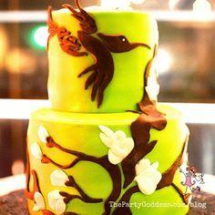 6 Designer Cakes For Just About Any Occasion!   The Party Goddess! #cake #eventplanner #partyplanning #birthday #wedding Henna Mehndi, Moda Emo, Party Food And Drinks, Party Photos, Cake Designs, Holiday Parties, Party Planning, Special Occasion, Designer Cakes