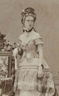 L'ancienne cour - 1870's Queen Margherita of Italy