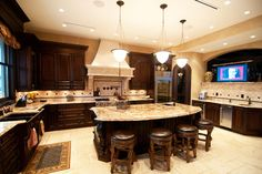 Old World Classic - traditional - kitchen - vancouver - by Hi-Design Custom Cabinetry - This will be mine.