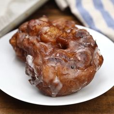 Apple Fritters made with a cakey batter incorporated with juicy apples are the ultimate homemade treat! The sweet glaze sends these fritters over the Apple Fritter Recipes, Apple Fritter Bread, Donut Recipes, Apple Recipes, Cooking Recipes, Apple Fritter Doughnut Recipe, Blueberry Fritters Recipe, Baked Apple Fritters, Healthy Recipes