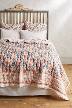 1000 Images About Decorating Ideas On Pinterest Bedding
