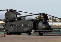 "Boeing MH-47G Chinook US Army 04-03750 160th Special Operations Aviation Regiment (SOAR) ""Nightstalkers"" (Airborne)"