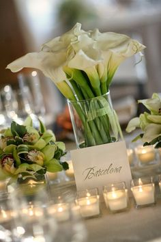 white calla lillies center pieces