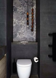 Artistic twist to your bathroom