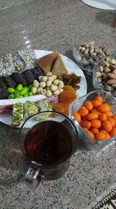 Food N, Good Food, Food And Drink, Yummy Food, Turkish Tea, Snap Food, Food Snapchat, Arabic Food, Pot Roast