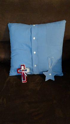 I make memory pillows from loved ones shirts. The bundle includes a 16x16 pillow, a matching cross and a hand stitched ornament. If you would like more than 1 ornament or cross let me know. If you only want a pillow, let me know. If you just want the pillowcase, shipping will be less. Thanks