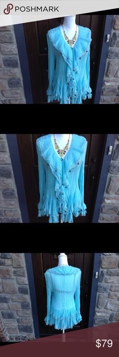 """TUNIC, TOP, PYRAMID COLLECTION  SIZE XL NWOT NEW NEVER WORN, GORGEOUS DESIGNER TUNIC TOP , BEAUTIFUL CRINKLE GEORGETTE FABRIC❣ 33"""""""" @ the longest point. Pair it with leggings , jeans,or skirt, ABSOLUTELY STUNNING IN PERSON! Fits size 14-16 PYRAMID COLLECTION Tops Tunics"""