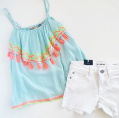 This Vintage Havana tassel tank paired with white shorts or jeans is tween summer outfit perfection! Outfits Niños, Cruise Outfits, Kids Outfits, Casual Outfits, Fashion Outfits, Vintage Summer Outfits, Vintage Kids Fashion, Cute Summer Outfits, Tween Fashion