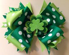 St. Patricks Day Hair Bow // St. Patricks Day by FrillyBowPeep
