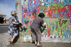 The group rounded up a few elderly folks in Portugal and provided some workshops about the evolution of street art