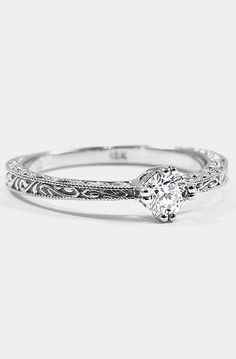 Antique Solitaire Engagement Ring