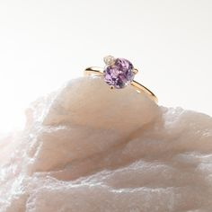 Receive off all Jewellery with the voucher code Ring Peekaboo rose gold size amethyst with round cut total ct., 9 diamonds with brilliant cut total ct. Amethyst, Sapphire, Buy Rings, Fine Jewelry, Jewellery, 18k Rose Gold, Heart Ring, Diamonds, Sparkle