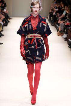 Cacharel Fall 2012 Ready-to-Wear Fashion Show - Elena Bartels (Women)
