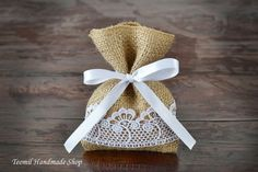 Favor Bag, Burlap Gift Bags, Shabby chic, Country Wedding, Vintage, Set of 25