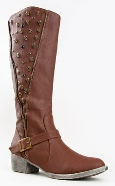 Warm up this winter with fashionable skull leather boots! Skull Shoes, Skull Purse, Skull Fashion, Fashion Shoes, Buy Shoes, Me Too Shoes, Shoe Boots, Tall Boots, Pumps Heels
