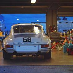 forthefreshkids - megadeluxe: 1968 Porsche 911 T/R by...