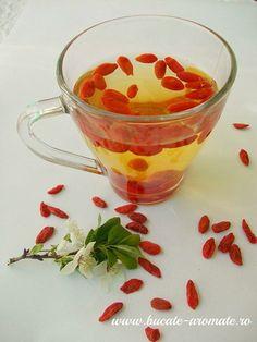 ceai de goji Goji, Yummy Food, Tasty, Dukan Diet, Punch Bowls, Deserts, Dessert Recipes, Food And Drink, Tea