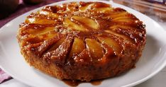 Caramel Apple Upside Down Cake Is The PERFECT Fall Dessert Delish. his tastes like a spice cake crossed with a caramel apple. Food Cakes, Cupcake Cakes, Rose Cupcake, Upside Down Apple Cake, Pineapple Upside Down Cake, Upside Down Cakes, Köstliche Desserts, Delicious Desserts, Dessert Recipes