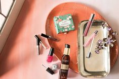 New Lip Gloss and Plump Lip Gloss formulas are better than ever with skin-nourishing and age-defying ingredients, plus deep moisturizers that leave your lips smooth and silky soft. Plus, we've increased our color offering to ensure every woman finds a shade (or three!) she loves. From light Pink Pearl and Golden Glow to deep Red Poppy and Black Cherry, there are 18 new shades to help you perfect your pout. Follow Sei Bella on Instagram: https://www.instagram.com/seibellabeautyexperts/
