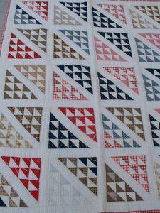 Ebay quilt - flying geese variation