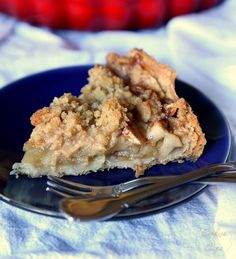 Less indulgent than a full on pie, but with all the same spiced, fruity goodness Get the recipe from Cookies and Cups.   - Delish.com