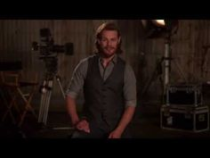 Sam Heughan's Favorite Outlander Moments - Jamie Rescues Claire - YouTube