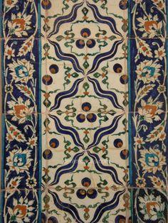 Iznik 17th – Benaki Islamic Museum Greece