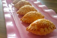 Buttered Cheese Pie (ungesäuert) – köstliche Rezepte - My CMS Tea Time Snacks, Cheese Pies, Butter Cheese, Cake Recipes, Snack Recipes, Cooking Recipes, Turkish Recipes, Ethnic Recipes, Bakery
