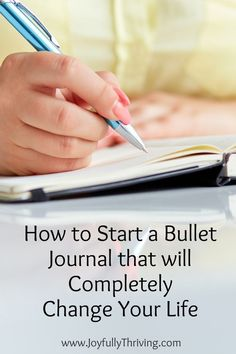 Want to get organized once and for all? Learn how to start a bullet journal that will completely organize and revolutionize your life. Bullet Journal For Beginners, Bullet Journal How To Start A, Bullet Journal Spread, Bullet Journal Layout, Bullet Journal Inspiration, Bullet Journals, Writing Inspiration, Daily Journal, Journal Prompts