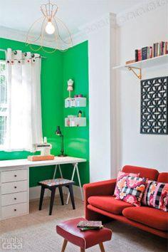 Home office: 30 ambientes pequenos e práticos. Fotos publicadas na revista MINHA CASA.