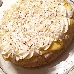 Islandskake – Smedstua Cake Recipes, Dessert Recipes, Desserts, Norwegian Food, Food Cakes, Sweet Cakes, Let Them Eat Cake, Yummy Cakes, No Bake Cake