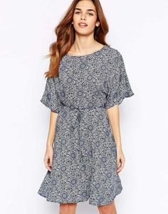 Glamorous Kimono Sleeve Dress In Geo Print