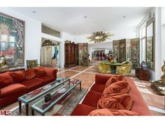Kalef Alaton's former home at 882 North Doheny Drive, West Hollywood CA - Trulia