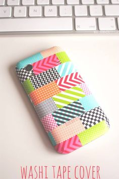 Washi Tape Personal Belongings / Artículos personales Washi tape iPhone cover