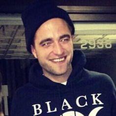 ♥♥ :) Beautiful Rob Fan Pic so lucky those girls
