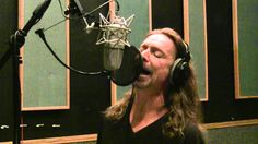 "Vocal Coach Ken Tamplin Coaches How To Sing Like Chris Cornell - Audioslave - Cochise - Show Me How To Live. To learn to sing like this: Check out my ""How To. Singing Lessons, Singing Tips, Music Lessons, Vocal Lessons, Singing Exercises, Vocal Exercises, Learning To Relax, Never Stop Learning, Breathe In The Air"