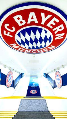 Soccer Stadium, Football Stadiums, Fc Hollywood, Iran National Football Team, Germany Football, Fc Bayern Munich, Robert Lewandowski, Football Tops, Munich Germany