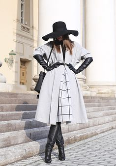 women gloves fashion Winter 2018 Top 10 Must-Haves gloves 2 Gloves Fashion, Black Leather Gloves, Fashion Show Makeup, Long Gloves, Jumpsuit Dress, Outerwear Women, Active Wear For Women, Women's Fashion Dresses, Ootd