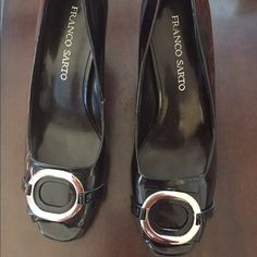 """HP 4/8 Franco Sarto Black Patent Peep Toe Heel Black Patent with Silver Accent - Size 8 1/2 """"Like New """" as seen in Pics Franco Sarto Shoes Heels"""