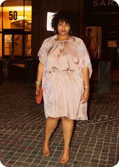 4f2b01999de ELANN ZELIE  Paisley Love Plus Size Fashion