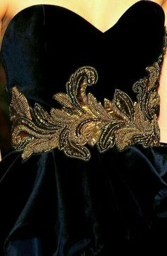 Andrew Gn Fall 2010 - Details - via: beboldwearblack - Imgend Tambour Beading, Tambour Embroidery, Couture Embroidery, Gold Embroidery, Embroidery Dress, Embroidery Designs, Couture Details, Fashion Details, Fashion Design