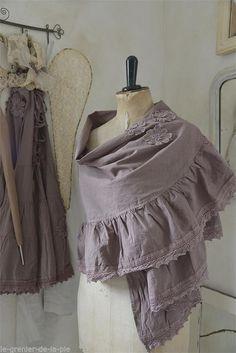 shawl stole Joan of Arc Living JDL by legrenierdelapie on Etsy