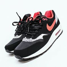 WOEI - WEBSHOP - nike - sneakers - nike wmns air max 1 0b8c19d5d5