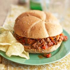 SPICY SLOPPY JOES (SLOW COOKER)