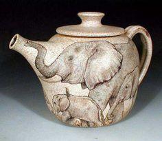 Elephants Tea Pot by Nan Hamilton. Very elegant, love it. Elephant Teapot, Elephant Love, Elephant Art, Elephant Stuff, Tea Pot Set, Pot Sets, Teapots And Cups, Mad Hatter Tea, Chocolate Pots