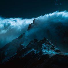 世界の山々の写真、美しい姿をとらえたのは赤外線 WIRED.jp