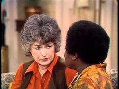 Maude - Maude Meets Florida (Season Episode Good Times was a spin off of Maude,,,, Maude was a spin off of All in the Family. Archie Bunker, Classic Comedies, All In The Family, Comedy Show, Episode 3, Classic Tv, Season 1, Good Times, Maid