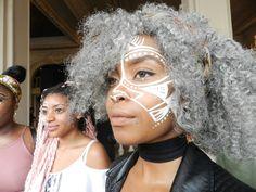 Cette jolie référence à Lemonade. | Voici quelques-uns des meilleurs looks vus au festival Afropunk à Paris