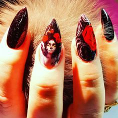 Gothic sexy stilletto nail art